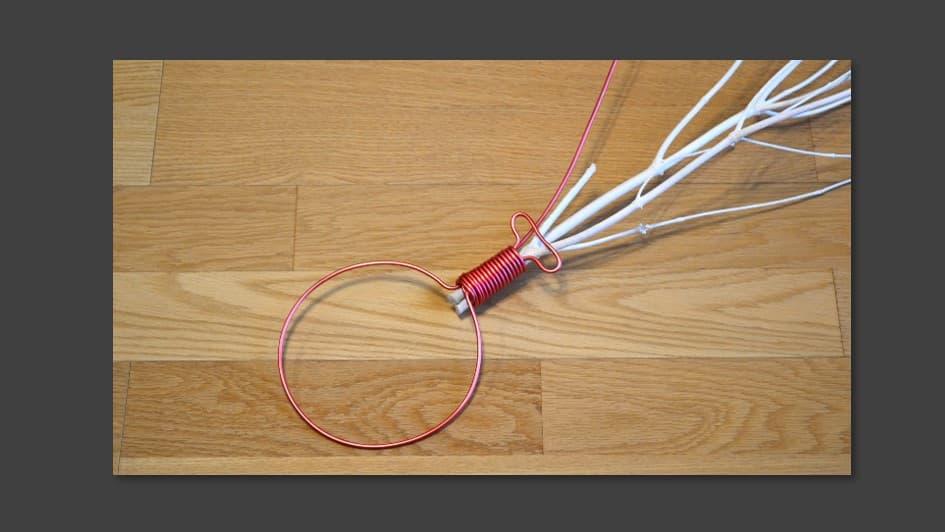 ワイヤーを造形4